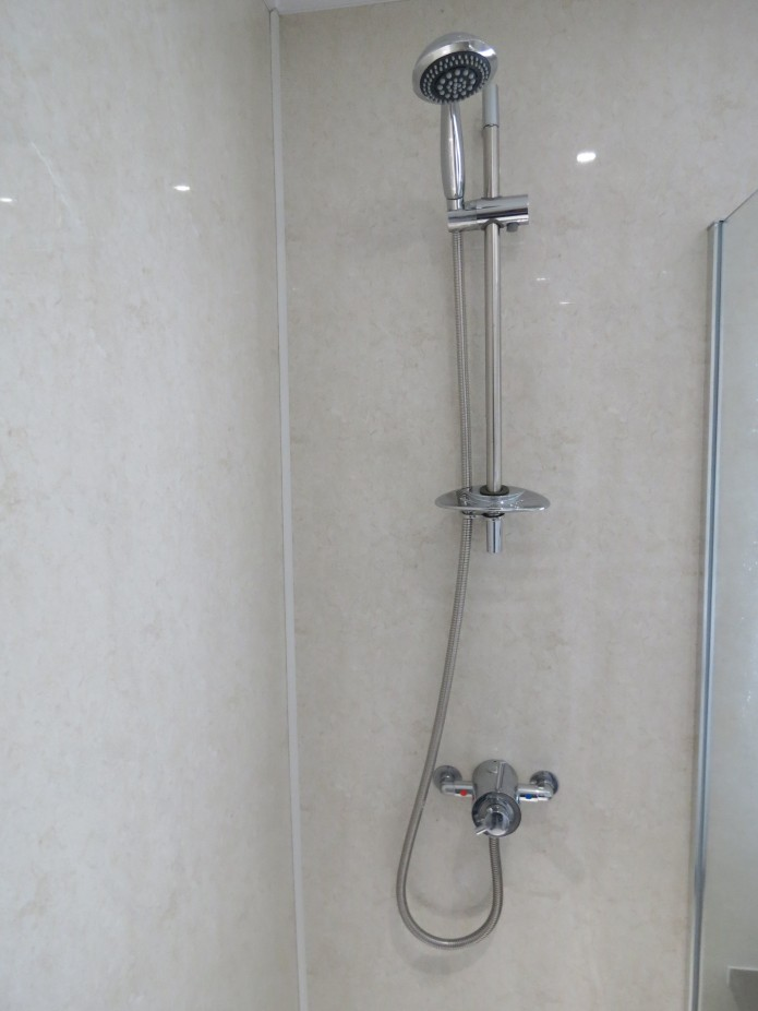 IPSL's 'Stone' Aquabord panels used in a shower.